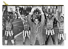 Ernie Banks And Globe Trotters Carry-all Pouch by Underwood Archives