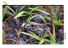 Carry-all Pouch featuring the photograph Fine Frog by Al Powell Photography USA