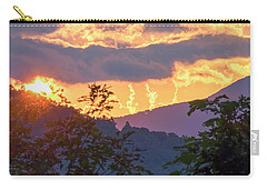 Carry-all Pouch featuring the photograph Fleetwood Mountains by Tom Singleton