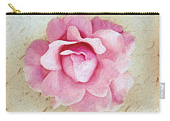 Flowers 3 In Digital Oil Carry-all Pouch