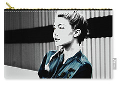 Gigi Hadid 1a Carry-all Pouch