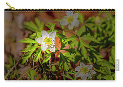 Carry-all Pouch featuring the photograph Granny's-nightcap #g3 by Leif Sohlman