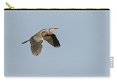 Carry-all Pouch featuring the photograph Great Blue Heron 2015-15 by Thomas Young