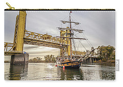 Carry-all Pouch featuring the photograph Hawaiian Chieftain   by Charles Garcia