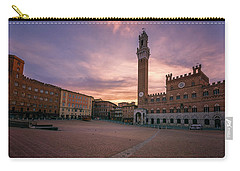 Carry-all Pouch featuring the photograph Il Campo Dawn Siena Italy by Joan Carroll