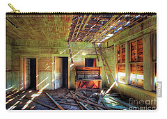 Carry-all Pouch featuring the photograph Judith Gap Piano by Craig J Satterlee