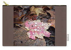 Carry-all Pouch featuring the photograph Leaf Bling by Kendall McKernon