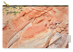 Carry-all Pouch featuring the photograph Looking South In Valley Of Fire by Ray Mathis