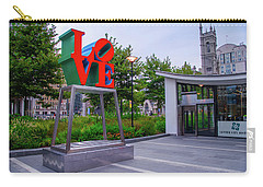 Carry-all Pouch featuring the photograph Love At Dilworth Plaza - Philadelphia by Bill Cannon
