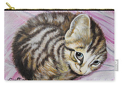 Flygende Lammet       Lucy Girl Carry-all Pouch