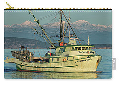 Carry-all Pouch featuring the photograph Making The Turn by Randy Hall