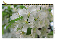 Carry-all Pouch featuring the photograph Michigan State Flower by LeeAnn McLaneGoetz McLaneGoetzStudioLLCcom