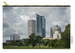 Milwaukee Skyline From Veterans Park 3 Carry-all Pouch