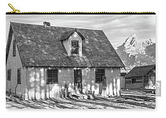 Carry-all Pouch featuring the photograph Moulton Homestead - Pink House by Colleen Coccia