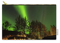 Carry-all Pouch featuring the photograph Northern Lights, Aurora Borealis At Kantishna Lodge In Denali National Park by Brenda Jacobs