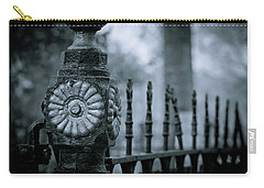 Carry-all Pouch featuring the photograph Oakwood Cemetery by Linda Unger