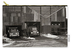Olyphant Pa Coal Breaker Loading Trucks And Gondola Car Winter 1971 Carry-all Pouch