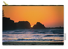 Carry-all Pouch featuring the photograph Oregon Sunset by Bryan Carter