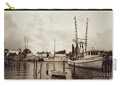 Carry-all Pouch featuring the photograph Oriental Harbor by Benanne Stiens