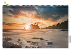 Carry-all Pouch featuring the photograph Pacific Sunset At Olympic National Park by William Lee