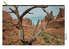 Carry-all Pouch featuring the photograph Park Avenue by Gary Lengyel