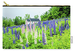 Carry-all Pouch featuring the photograph Photographers Dream Or Allergy Nightmare by Greg Fortier