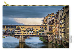 Carry-all Pouch featuring the photograph Ponte Vecchio E Gabbiani by Sonny Marcyan
