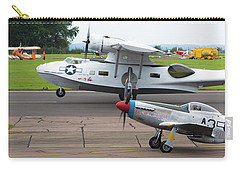 Raf Scampton 2017 - P-51 Mustang With Pby-5a Landing Carry-all Pouch