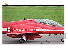 Raf Scampton 2017 - Red Arrows Xx322 Sitting On Runway Carry-all Pouch
