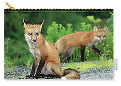 Red Foxes In The Rain Carry-all Pouch
