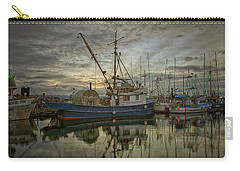 Carry-all Pouch featuring the photograph Royal Banker by Randy Hall
