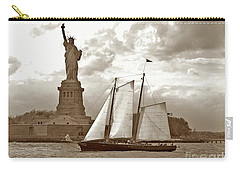 Schooner At Statue Of Liberty Twurl Carry-all Pouch