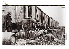 Scranton Police Dumping Beer During Prohibition  Scranton Pa 1920 To 1933 Carry-all Pouch