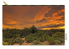 Carry-all Pouch featuring the photograph Sonoran Sunset H4 by Mark Myhaver