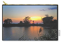 Carry-all Pouch featuring the photograph Sunset West Of Myer's Bagels by Felipe Adan Lerma