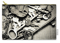 Carry-all Pouch featuring the photograph The Key To Love by Ana V Ramirez