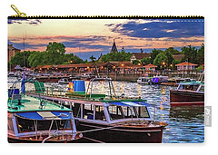 Carry-all Pouch featuring the photograph Tigre 007 by Bernardo Galmarini