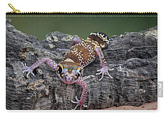 Carry-all Pouch featuring the photograph Up And Over - Gecko by Nikolyn McDonald