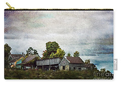 Carry-all Pouch featuring the photograph Vermont Barn by Judy Wolinsky