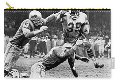 Viking Mcelhanny Gets Tackled Carry-all Pouch by Underwood Archives