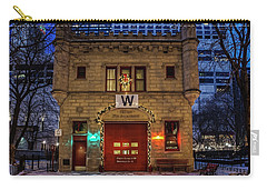 Vintage Chicago Firehouse With Xmas Lights And W Flag Carry-all Pouch