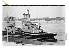 Winter Tugs Bw Carry-all Pouch