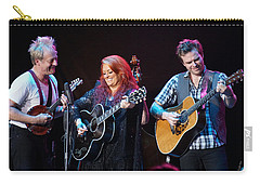 Wynonna Judd In Concert With Hubby Cactus Moser And Band Guitarist Carry-all Pouch