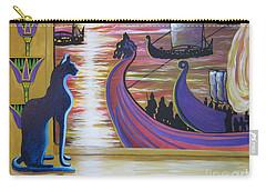 Zig Of Blaa Kattproduksjoner   Inspects The Ships Carry-all Pouch