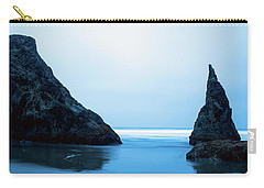 Carry-all Pouch featuring the photograph Bandon Oregon Blue 101918 by Rospotte Photography