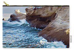 Carry-all Pouch featuring the photograph Cape Kiwanda Oregon 11518 by Rospotte Photography