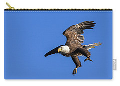 Carry-all Pouch featuring the photograph Final Approach by Lori Coleman