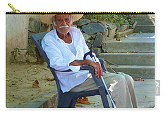 Carry-all Pouch featuring the photograph Hola Senor by Rosanne Licciardi