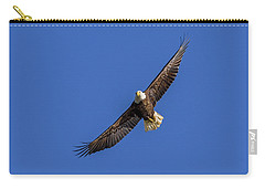 Carry-all Pouch featuring the photograph Soaring Eagle by Lori Coleman