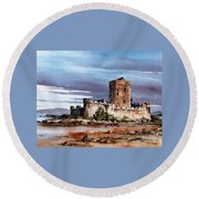 Doe Castle In Donegal Round Beach Towel